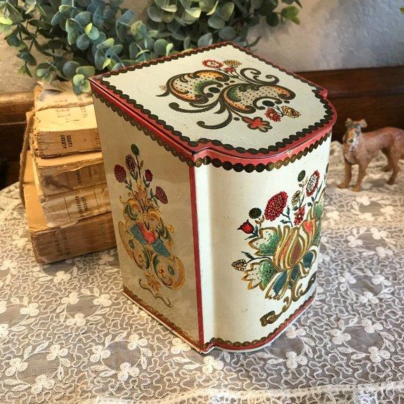 vintage hinged tea tin
